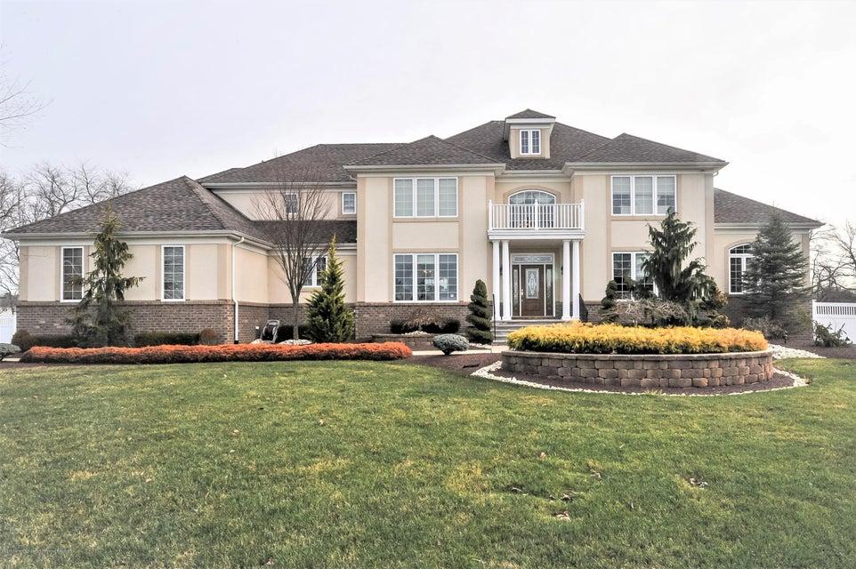 獨棟家庭住宅 為 出售 在 11 Bridle Court 11 Bridle Court Jackson, 新澤西州 08527 美國