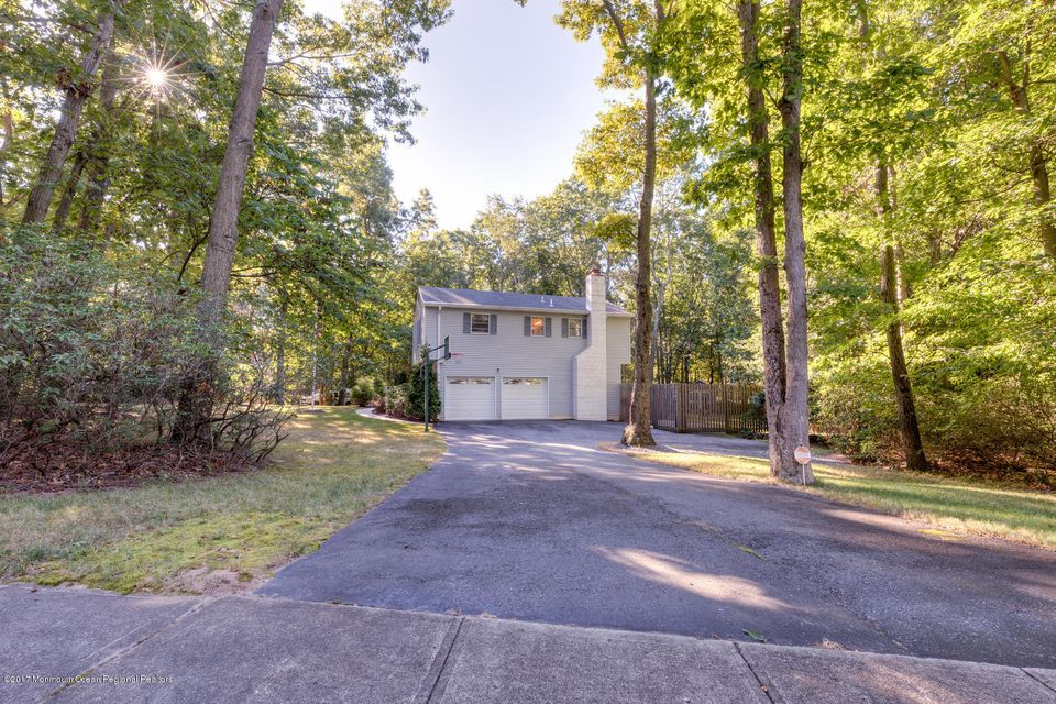 Additional photo for property listing at 11 Oakwood Drive 11 Oakwood Drive New Egypt, New Jersey 08533 United States