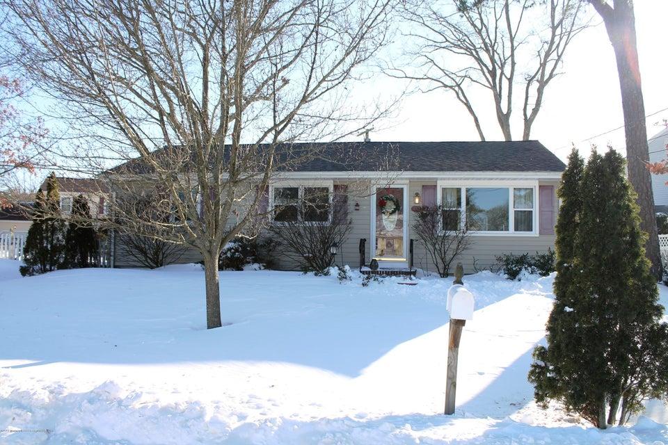 Maison unifamiliale pour l Vente à 172 Riviera Drive 172 Riviera Drive Brick, New Jersey 08724 États-Unis