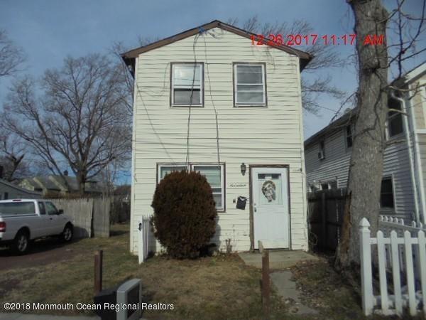 獨棟家庭住宅 為 出售 在 17 Grove Place 17 Grove Place Keansburg, 新澤西州 07734 美國