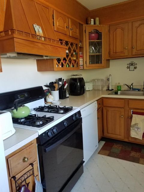 Apartment for Rent at 7b Magnolia Lane 7b Magnolia Lane Eatontown, New Jersey 07724 United States