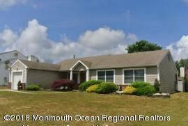 獨棟家庭住宅 為 出售 在 136 Ravenwood Boulevard 136 Ravenwood Boulevard Barnegat, 新澤西州 08005 美國
