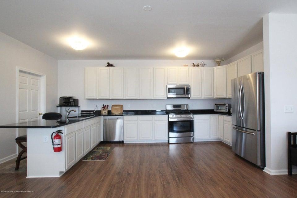 Condominio por un Alquiler en 276 Beachway Avenue 276 Beachway Avenue Keansburg, Nueva Jersey 07734 Estados Unidos
