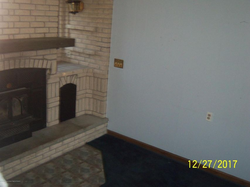 Additional photo for property listing at 336 Hollie Drive 336 Hollie Drive Belford, New Jersey 07718 United States