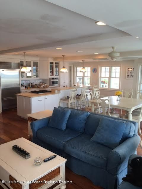 Kitchen & Great Room - Copy
