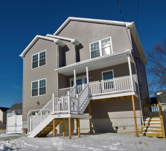 Single Family Home for Sale at 725 Prospect Avenue 725 Prospect Avenue Union Beach, New Jersey 07735 United States