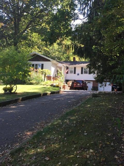 Maison unifamiliale pour l Vente à 390 Mountain Lake Road 390 Mountain Lake Road Great Meadows, New Jersey 07838 États-Unis