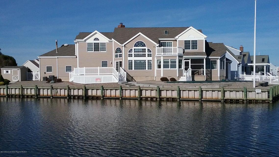 Maison unifamiliale pour l Vente à 1302 Exeter Place 1302 Exeter Place Lanoka Harbor, New Jersey 08734 États-Unis