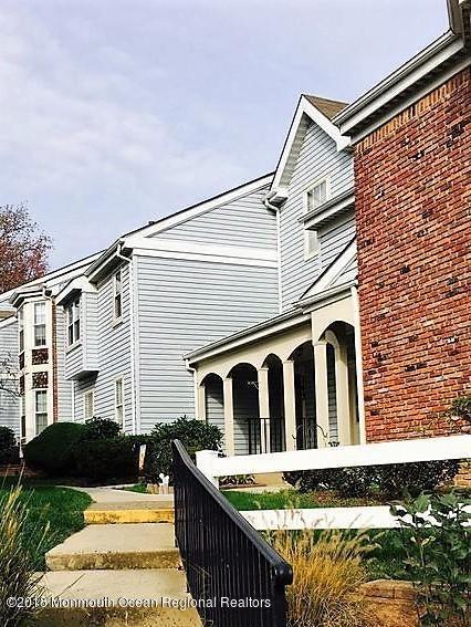 Condominio por un Alquiler en Address Not Available Freehold, Nueva Jersey 07728 Estados Unidos