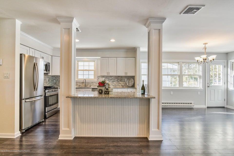 Additional photo for property listing at 81 Central Boulevard 81 Central Boulevard Brick, Nova Jersey 08724 Estados Unidos
