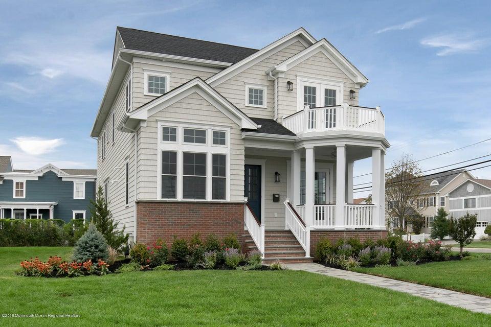 Maison unifamiliale pour l Vente à 1 Columbia 1 Columbia Long Branch, New Jersey 07740 États-Unis
