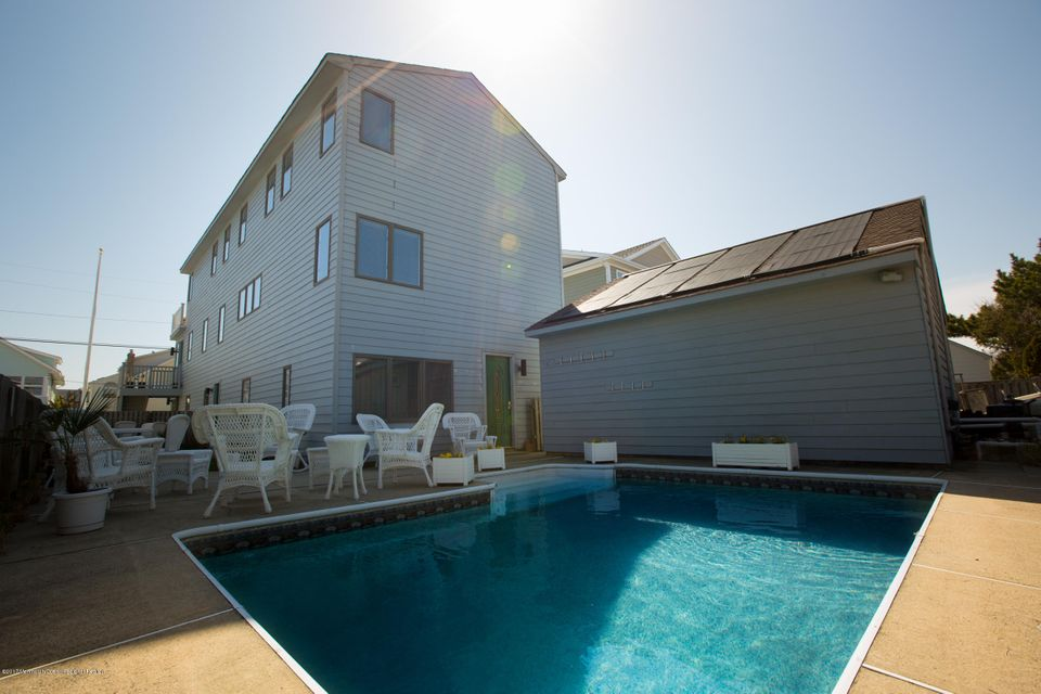 Single Family Home for Sale at 22 H Street 22 H Street Seaside Park, New Jersey 08752 United States