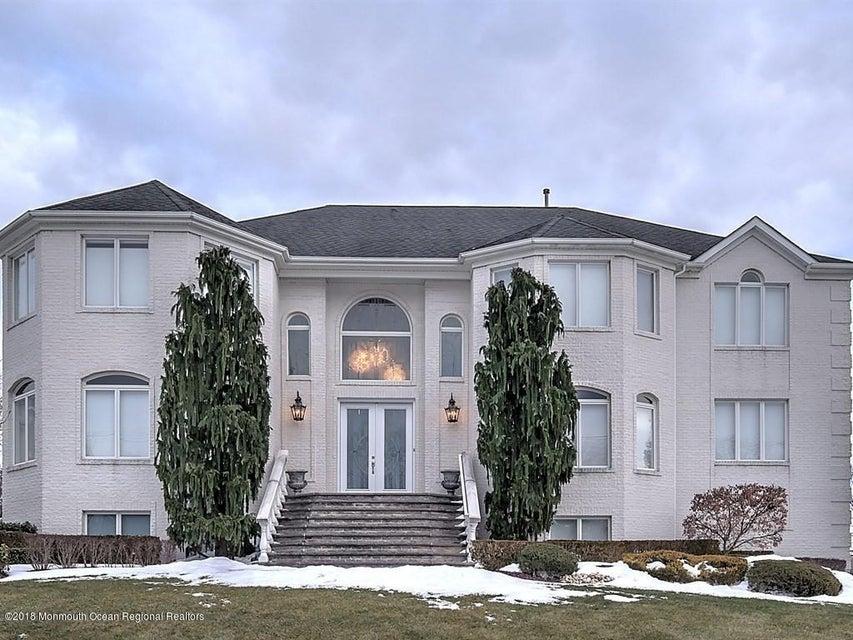 一戸建て のために 売買 アット 41 Robertsville Road 41 Robertsville Road Marlboro, ニュージャージー 07746 アメリカ合衆国