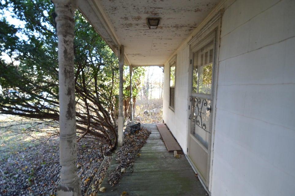 Additional photo for property listing at 620 Craig Road 620 Craig Road Manalapan, 뉴저지 07726 미국