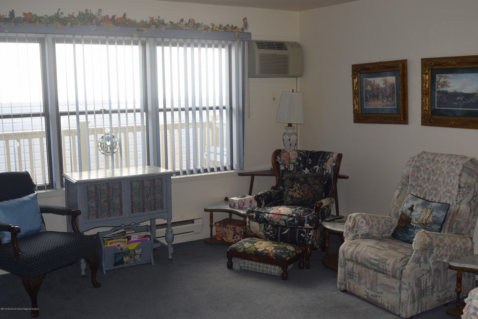 Additional photo for property listing at 1210 Boulevard 1210 Boulevard Seaside Heights, 新泽西州 08751 美国