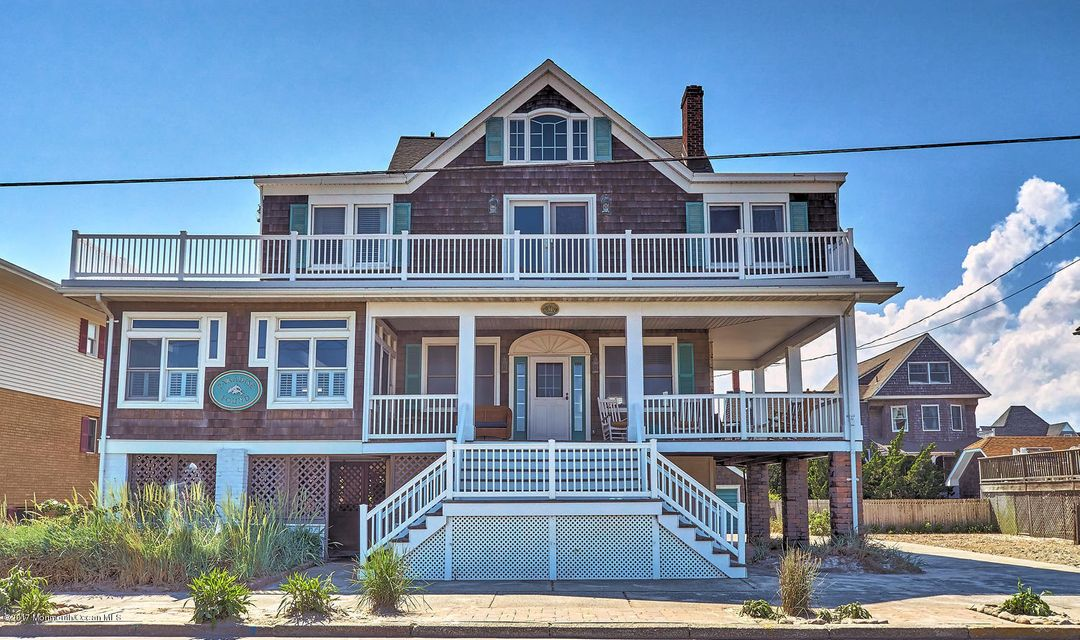 Single Family Home for Sale at 207 Ocean Avenue 207 Ocean Avenue Seaside Park, New Jersey 08752 United States