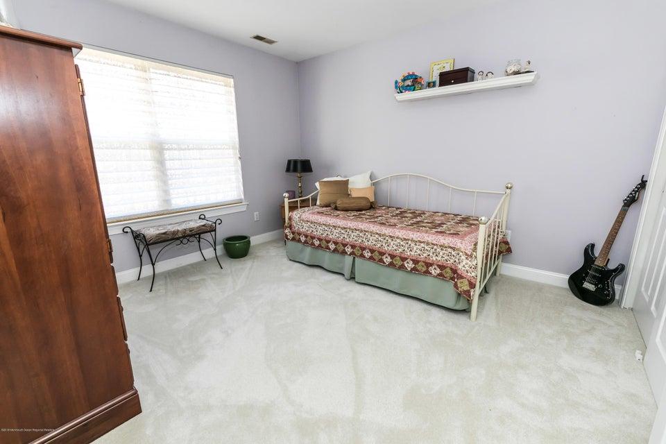 Additional photo for property listing at 421 Diamond Road 421 Diamond Road Jackson, New Jersey 08527 États-Unis