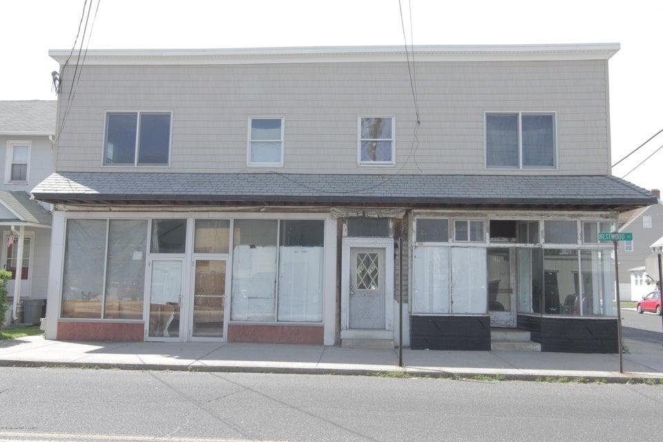 Commercial pour l Vente à 192 Westwood Avenue 192 Westwood Avenue Long Branch, New Jersey 07740 États-Unis