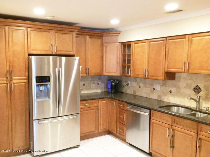 Condominium for Rent at 763 Banyan Court 763 Banyan Court Morganville, New Jersey 07751 United States