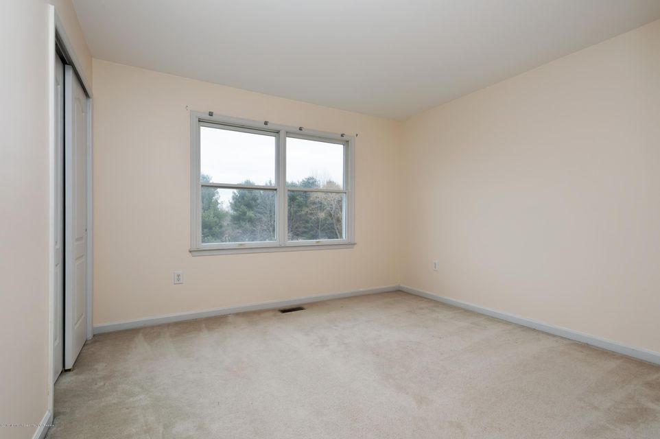 Additional photo for property listing at 1 Greenview Drive 1 Greenview Drive Chesterfield, 뉴저지 08515 미국