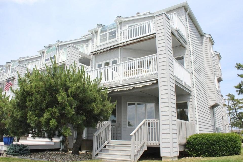 独户住宅 为 销售 在 766 Ocean Avenue 766 Ocean Avenue Sea Bright, 新泽西州 07760 美国