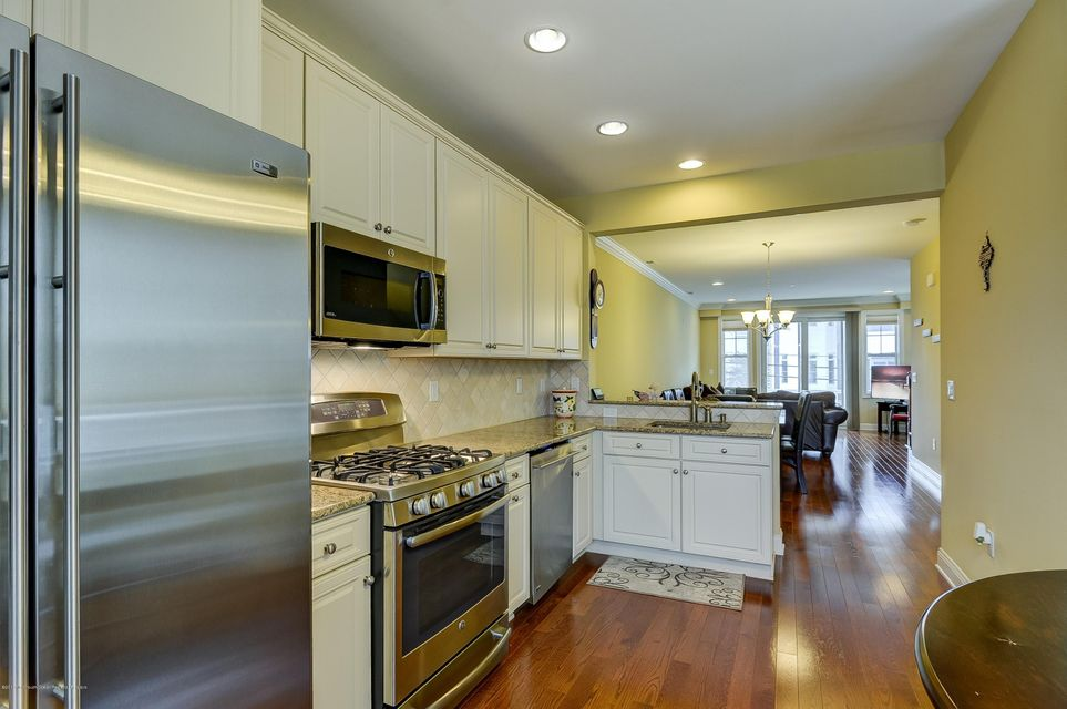 Additional photo for property listing at 43-45 Marine Terrace 43-45 Marine Terrace Long Branch, ニュージャージー 07740 アメリカ合衆国