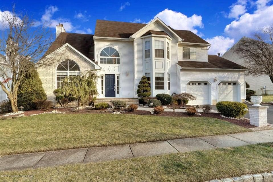 단독 가정 주택 용 매매 에 51 Winding Brook Drive 51 Winding Brook Drive Matawan, 뉴저지 07747 미국
