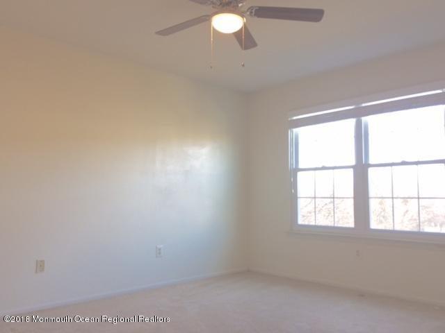 4 heron ct  2nd bedroom