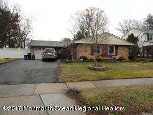 Single Family Home for Sale at 7 Andover Lane 7 Andover Lane Aberdeen, New Jersey 07747 United States