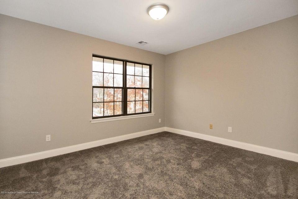 Additional photo for property listing at 807 Arlington Drive 807 Arlington Drive Toms River, Nova Jersey 08755 Estados Unidos
