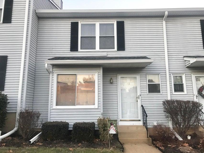 Maison unifamiliale pour l Vente à 53 Dogwood Court 53 Dogwood Court Jamesburg, New Jersey 08831 États-Unis