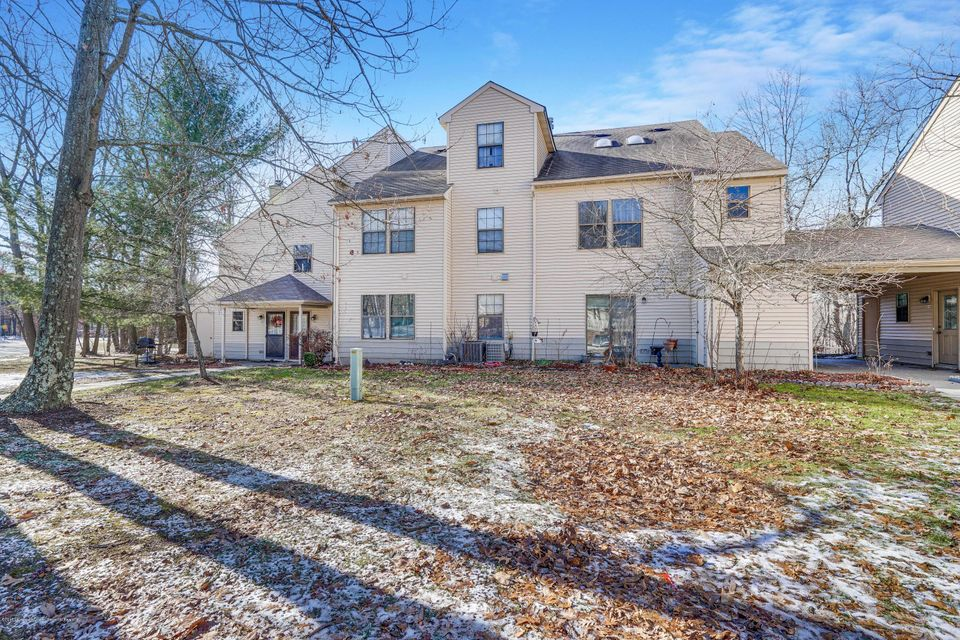 Additional photo for property listing at 101 Begonia Court 101 Begonia Court Jackson, New Jersey 08527 United States
