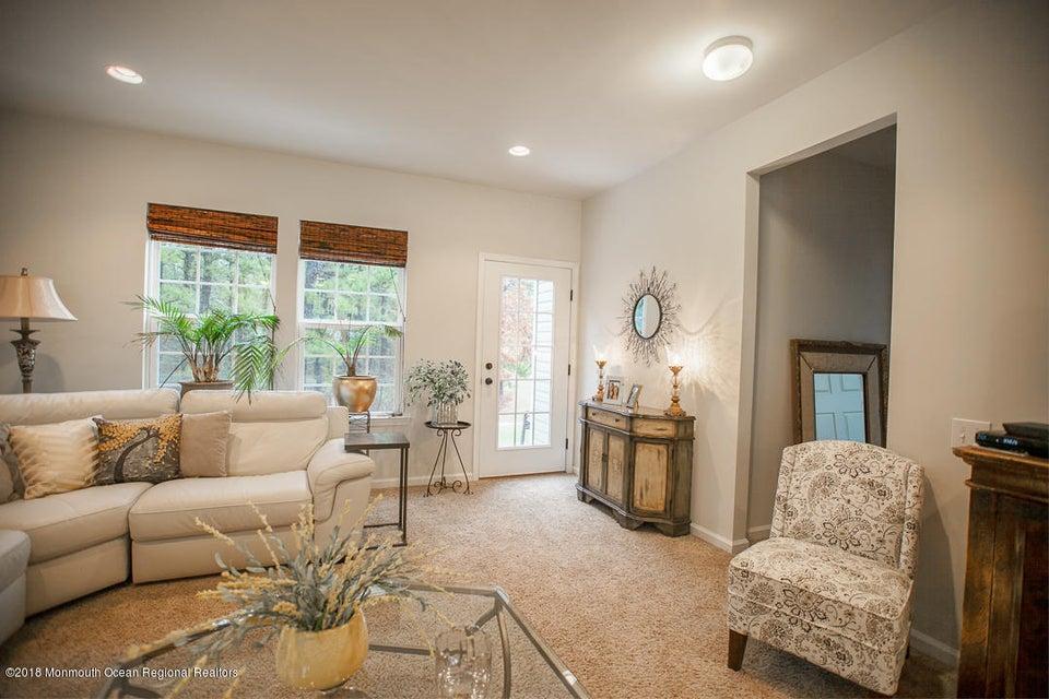 独户住宅 为 出租 在 42 Aberdeen Lane 42 Aberdeen Lane 曼彻斯特, 新泽西州 08759 美国
