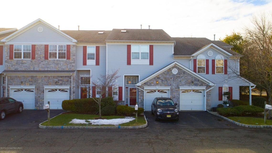 Maison unifamiliale pour l Vente à 34 Harbor Bay Circle 34 Harbor Bay Circle Laurence Harbor, New Jersey 08879 États-Unis