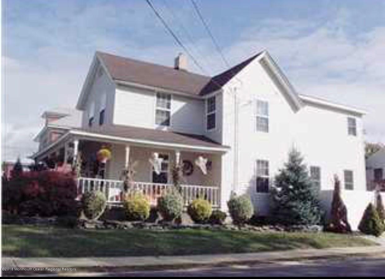 一戸建て のために 売買 アット 169 Church Street 169 Church Street Belford, ニュージャージー 07718 アメリカ合衆国