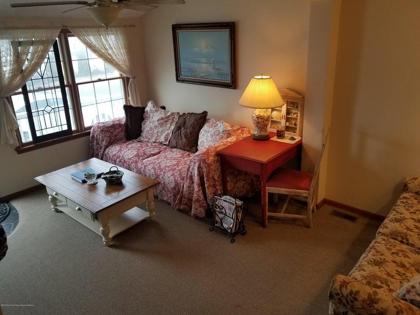 Additional photo for property listing at 26 Bond Avenue 26 Bond Avenue Lavallette, New Jersey 08735 États-Unis