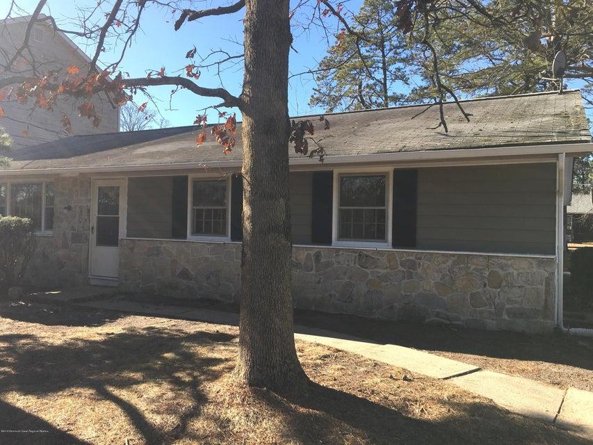 獨棟家庭住宅 為 出售 在 9 Talledega Trail 9 Talledega Trail Browns Mills, 新澤西州 08015 美國