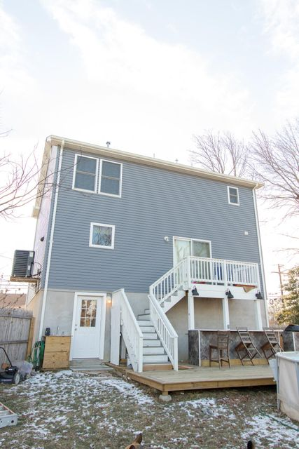 Additional photo for property listing at 907 Florence Avenue 907 Florence Avenue Union Beach, 新澤西州 07735 美國