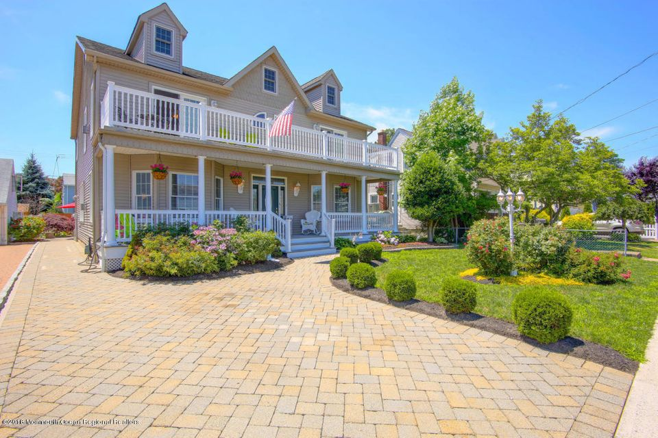 Single Family Home for Sale at 412 Carter Avenue 412 Carter Avenue Point Pleasant Beach, New Jersey 08742 United States