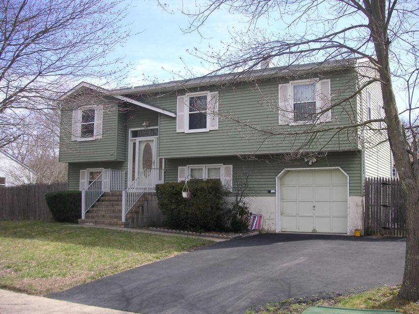 Additional photo for property listing at 923 Morris Avenue 923 Morris Avenue Lakewood, ニュージャージー 08701 アメリカ合衆国