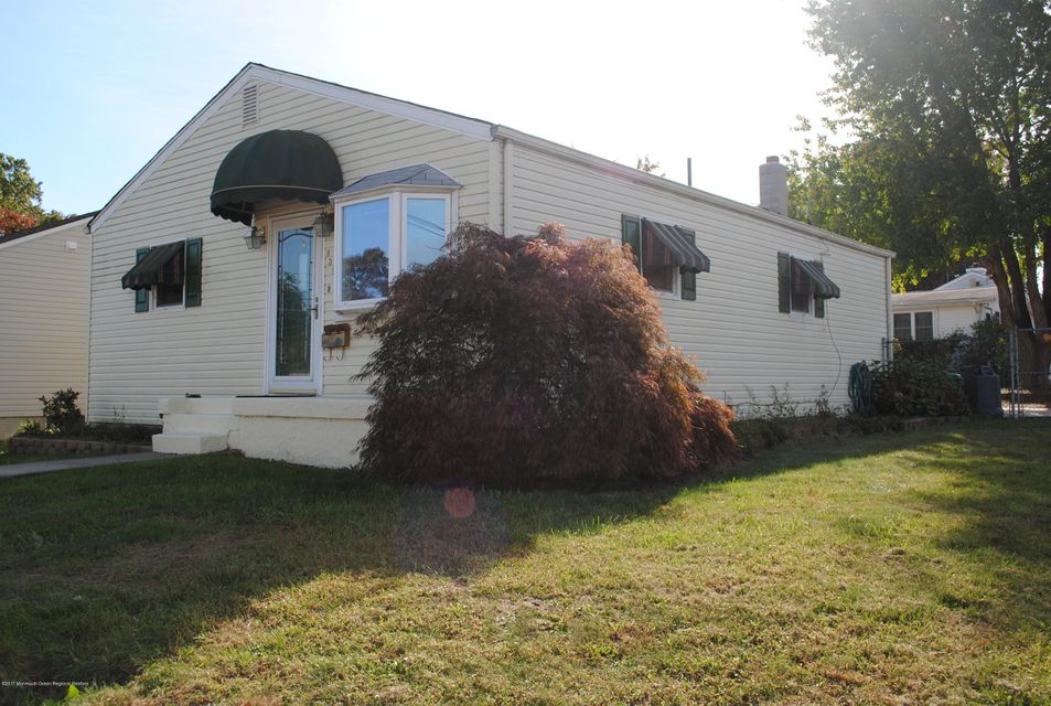 Casa Unifamiliar por un Alquiler en 839 Concourse 839 Concourse Cliffwood Beach, Nueva Jersey 07735 Estados Unidos