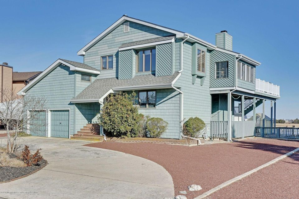 Casa para uma família para Venda às 21 Overlook Drive 21 Overlook Drive Little Egg Harbor, Nova Jersey 08087 Estados Unidos