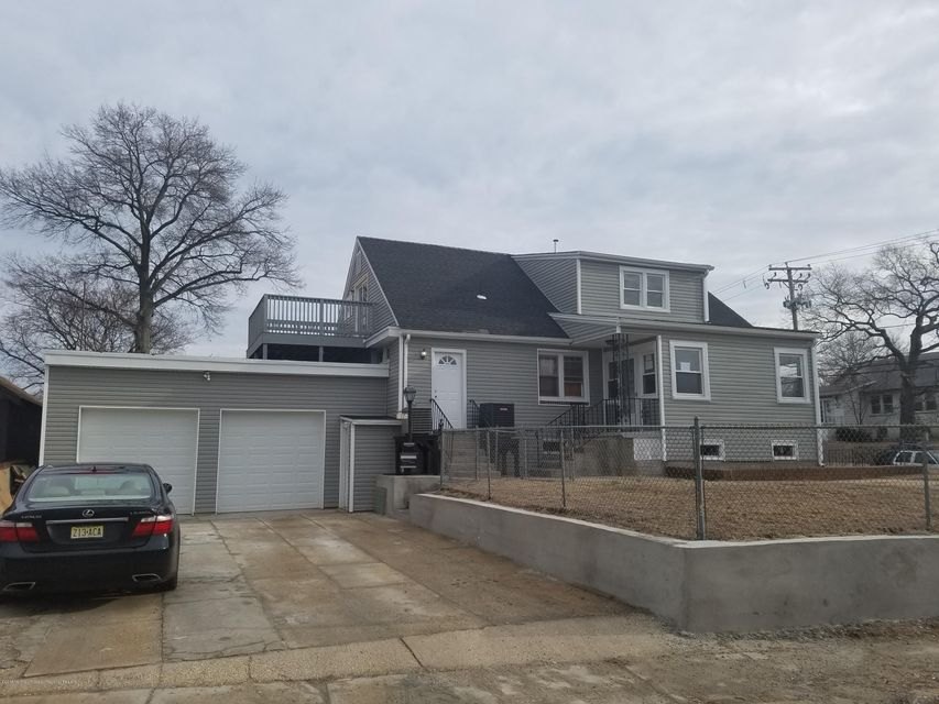 Apartment for Rent at 17 Oakwood Place 17 Oakwood Place Keansburg, New Jersey 07734 United States