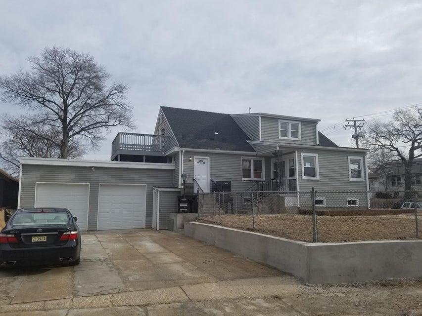 Apartamento por un Alquiler en 17 Oakwood Place 17 Oakwood Place Keansburg, Nueva Jersey 07734 Estados Unidos