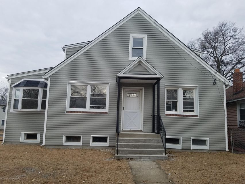Single Family Home for Rent at 113 Highland Boulevard 113 Highland Boulevard Keansburg, New Jersey 07734 United States
