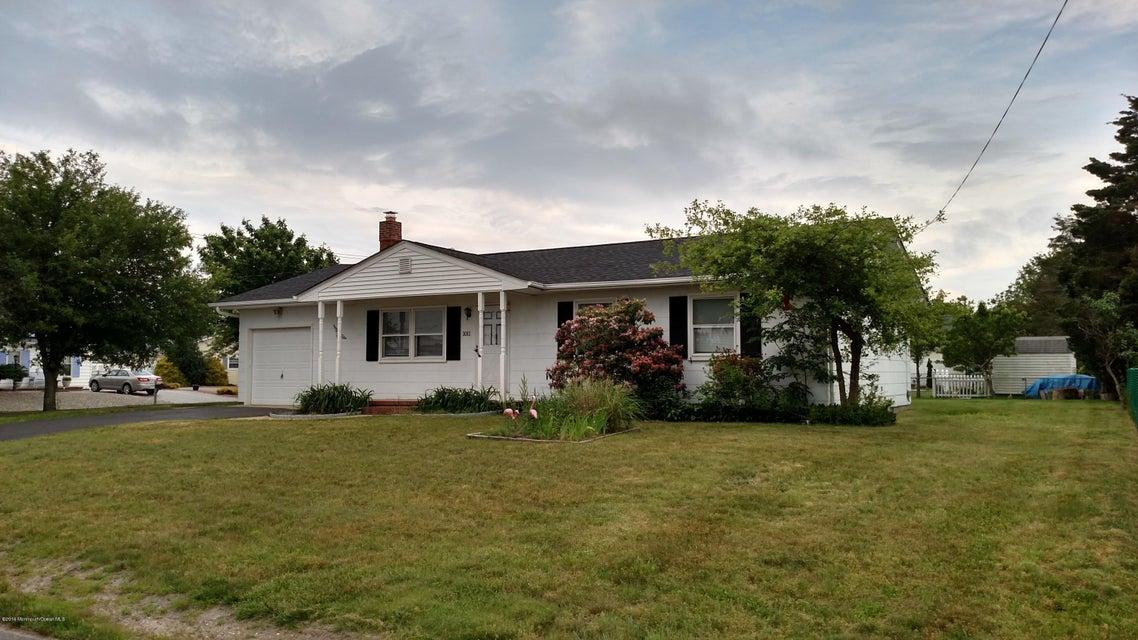 Casa Unifamiliar por un Alquiler en 1011 Clubhouse Drive 1011 Clubhouse Drive Forked River, Nueva Jersey 08731 Estados Unidos