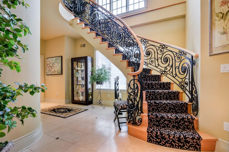 011_Staircase