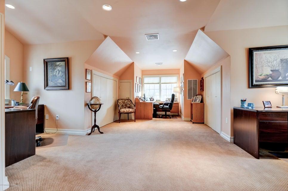 045_Bonus Room