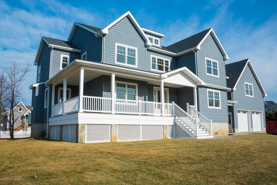 Single Family Home for Sale at 5 Jessica Place 5 Jessica Place Monmouth Beach, New Jersey 07750 United States