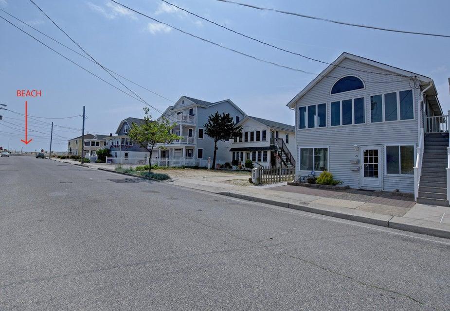 独户住宅 为 出租 在 25 L Street 25 L Street Seaside Park, 新泽西州 08752 美国
